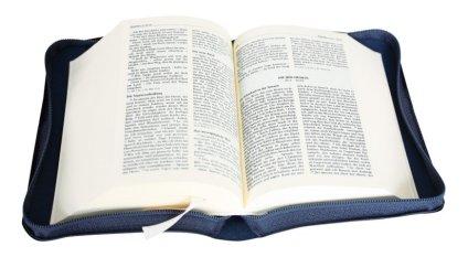 Bibel-aufgeschlagen