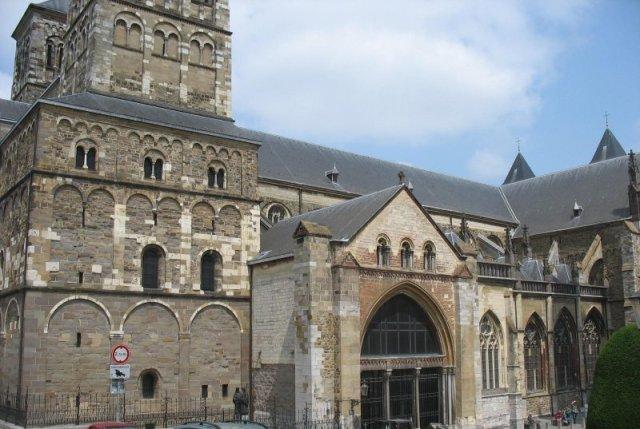 130712_Nuk-in-Maastricht-025_St-Servaas